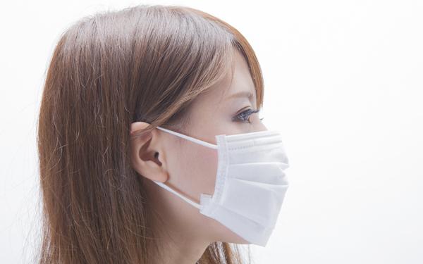 喉の痛みの治し方!マスクの正しい使い方は?