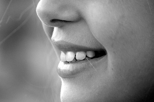 禁煙で口臭を改善!キツイ臭いとはこれでサヨナラ!