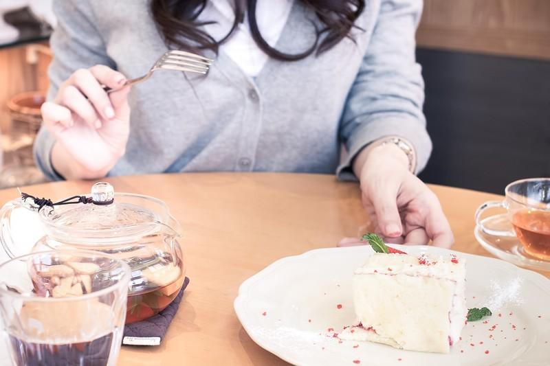 初デートの食事で女の子と会話が盛り上がる7個の知識